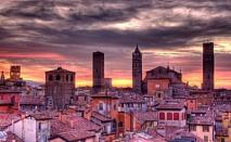 Четири дни в Болоня, Италия със самолетен полет. Резервирайте вашите 3 нощувки със закуски в хотел SAN GIORGIO 3* само за 280 лв. на човек през АПРИЛ!