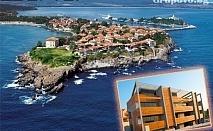 Цяло лято само на 50м. от плажа в Созопол. Нощувка + басейн за ДВАМА в стая с изглед море от Хотел Логатеро