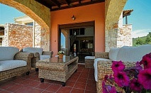Хотел Nefeli Luxury Villas, сред зашеметяваща природа в бунгало изглед градина с безплатни чадъри на плажа, за една нощувка / 20.08.2017 - 09.09.2017