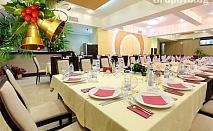 Нова Година в Русе! Нощувка, празнична вечеря в ресторант Палас + шоу програма и брънч на 01.01 на цени от 130 лв. в хотел Теодора Палас***