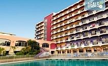 Почивка през септември в Коста дел Сол, Испания: 7 нощувки със закуски, обеди и вечери в Hotel Monarque Fuengirola Park 4*, самолетен билет, летищни такси и трансфер!