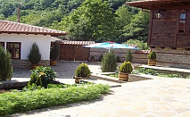 Почивка в Стара планина! 2 нощувки + 2 закуски + 2 вечери за ДВАМА на ТОП цена в Комплекс Воеводски,с.Катунище, Котел!