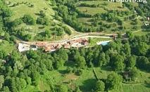 Релакс в Сливенския балкан. Нощувка, закуска и вечеря в Комплекс Дивеците, близо до Жеравна