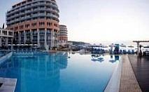 Коледа на морския бряг, 3 дни All inclusive Ultra и топъл минерален басейн в Хотел и СПА Азалия, Св. Константин