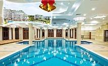 Коледа в Равда! 2 нощувки със закуски и вечери, едната празнична + басейн и СПА в хотел Емералд Резорт Бийч и СПА*****