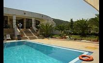 Лятна почивка във Вурвуру, Гърция: 3, 5 или 7 нощувки на база закуска и вечеря в хотел Rema 3* за 303 лв