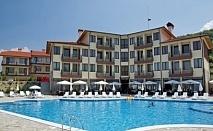 Лято за двама в Комплекс Кабеи! 2 или 3 нощувки със закуски и вечери + ползване на външен плувен басейн на цени от 98лв.!