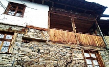Наем на самостоятелна къща за четирима от Капитанова Къща, село Лещен