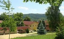 Нощувка за 4 човека в комплекс-бунгала Асеневци край Дряново - с. Царева Ливада