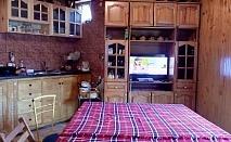Нощувка за 15 човека + трапезария, барбекю, басейн и сауна в къща Ночеви край Шумен - с. Мадара