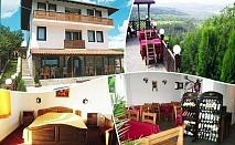 2 или 3 нощувки на човек със закуски и вечери от хотел-механа Арбанашка среща, Арбанаси