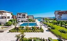 На първа линия в Созопол! Нощувка на човек със закуска + басейни от Хотел Аполония Ризорт****