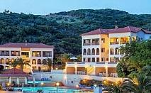 HB = AI -Плащате засука и вечеря, а ползвате Ол Инклузив в Theoxenia Hotel на Урануполи - Касандра, 4 броя външни басейни, шезлонги и чадъри на плажа-безплатни / 24.05.2019 - 31.05.2019