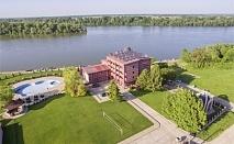 Почивка на брега на река Дунав! Нощувка на човек със закуска и вечеря в хотел Престиж, Белене. Дете до 14г. - БЕЗПЛАТНО!