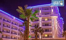 Посрещнете Нова година 2021 на брега на Адриатика в хотел Fafa Premium Resort 4*, Албания, с АБВ Травелс! 3 нощувки със закуски и 2 вечери, транспорт, посещение на Скопие и Охрид