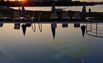 На море в Царево! ALL INCLUSIVE, ползване на басейн с чадър и шезлонг край басейна + детска анимация от Томас Резиденс