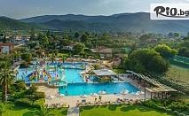 Ранни записвания за море в Платамонас, Гърция! 5 нощувки на база Ultra All Inclusive в CRONWELL PLATAMON RESORT 5* + Безплатно настаняване на деца до 16г., от Мисис Травъл