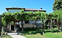 Самостоятелна къща Свети Георги за 10 или 17 човека край Калофер - с. Тъжа