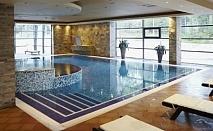 Спа почивка през зимата в Боровец - хотел Феста Чамкория****! Нощувка със закуска и вечеря + ползване на вътрешен басейн, сауна, парна баня + детски клуб!