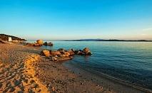 На Урануполи в Хотел THEOXENIA за ЧЕТРИ нощувки на човек със закуска и вечеря, безплатен чадър и шезлонг на плажа, открит басейн и паркинг /18.06.2019 - 30.06.2019