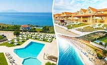 Юни на 50м. от плажа в Марония, Гърция! Нощувка на човек със закуска и вечеря с включени напитки + 2 басейна и анимация от хотел FilosXenia Ismaros***** ДЕЦА до 12г- БЕЗПЛАТНО!