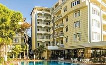 4-звезден Великден в Дуръс, Албания с Караджъ Турс! Транспорт, 3 нощувки със закуски и вечери в хотел Fafa Premium + посещение на Скопие и Охрид