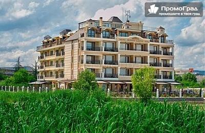 Нощувка на човек с изхранване all inclusive в Sunny Castle Hotel, Кранево