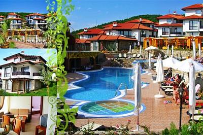 Пакети по избор на страхотни цени с  безплатно ползване на басейни, тенис маса, футболно и волейболно игрище, интернет от вилно селище Bay View Villas – Luxury Villas & Apartments!