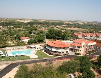 Почивка в FilosXenia Ismaros Hotel, на цена от 32.80 лв.