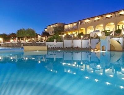 Почивка в Хотел Elea Village ***! Нощувка със закуска и вечеря + ползване на открит басейн!