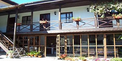 Почивка в Троянския балкан! Нощувка на ТОП цена в с.Балканец - стаи за гости!