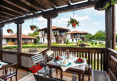 Уикенд в Еленския балкан! Нощувка на човек със закуска, обяд* и вечеря + сауна и парна баня в семеен хотел Еленски Ритон