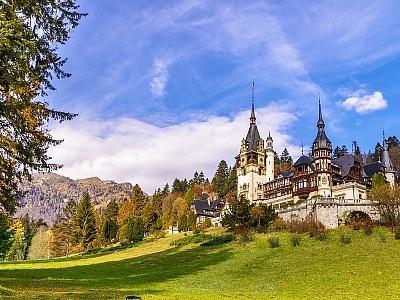 Уикенд в Синая, Румъния! Транспорт + 2 нощувки на човек със закуски + посещение на Букурещ, замъка Пелеш, Бран и Брашов от АБВ Травелс